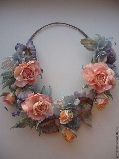 Колье, бусы ручной работы. Ярмарка Мастеров - ручная работа. Купить цветы из шелка. цветы из ткани. Колье-Лепестки в сахаре. Handmade.