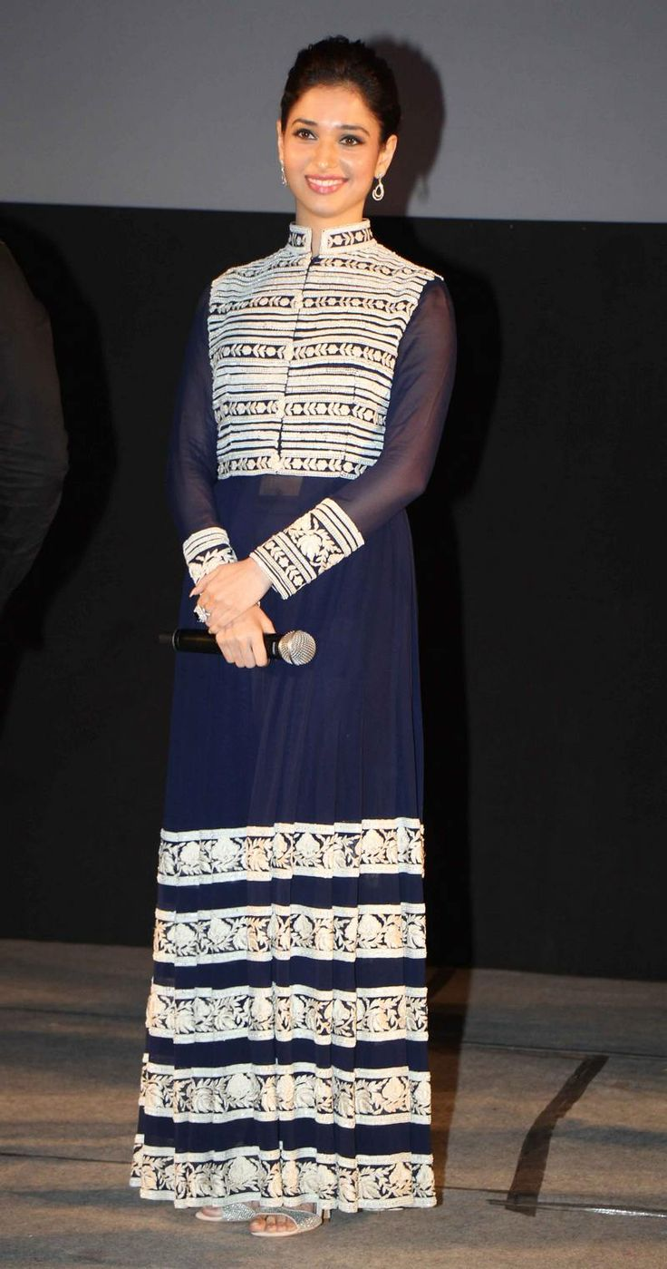 Tamannaah Bhatia looked lovely at the premiere of 'Entertainment' in Delhi. #Style #Bollywood #Fashion #Beauty