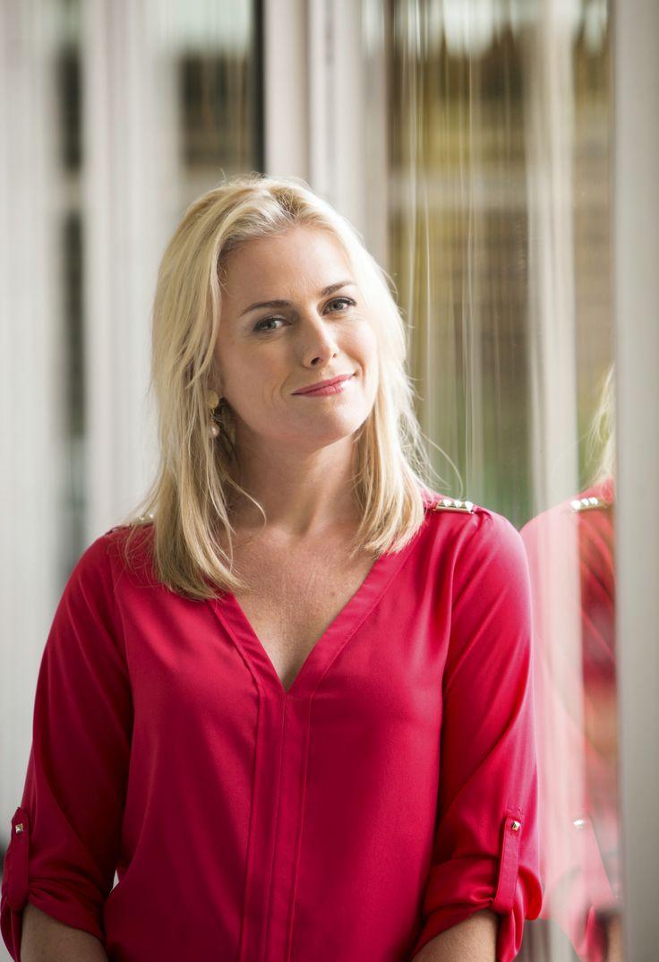 Kate Kendall (aka Lauren Turner) #thecast #Neighbours