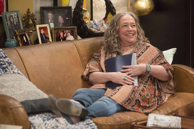 Disjointed review:Chuck Lorre's new show about weed is really funny