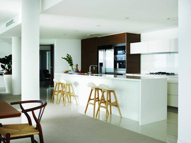 Oracle Broadbeach Kitchen