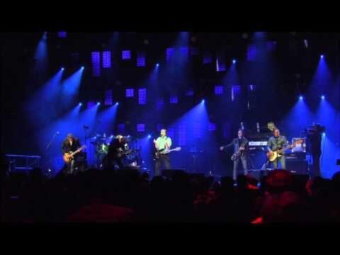 Chris de Burgh - Don't Pay The Ferryman (Live Official)