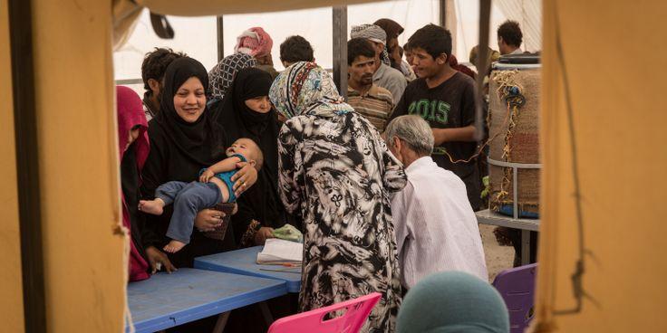 Después de seis años de guerra, continúan los movimientos de población en el norte de Siria. Nuestros equipos proporcionan atención médica en la zona y en el campo de refugiados de Ain Issa. Esta la situación con la que se han encontrado ▶️