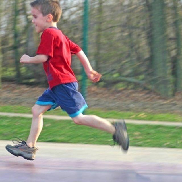 Kids love running games.