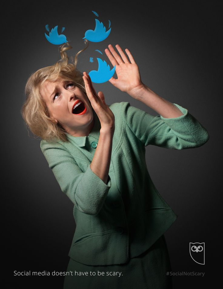 """@hootsuite 's ad campaign """"Social media doesn't have to be scary"""" cleverly alludes to Alfred Hitchcock's """"The Birds""""."""