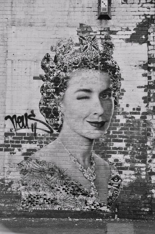 Street art, queen, England, UK
