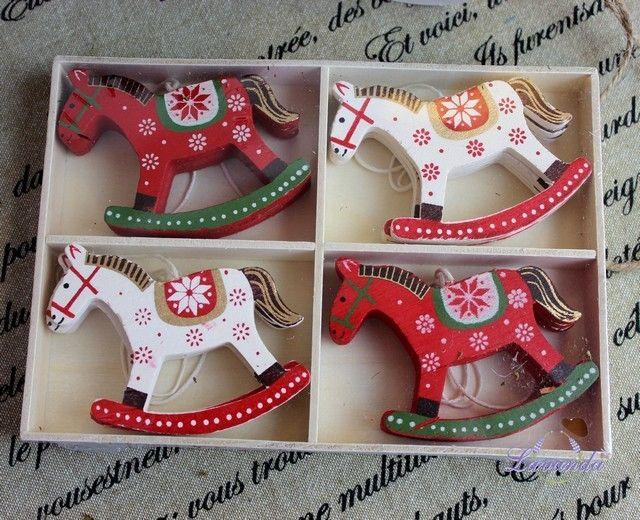 Vianočné ozdoby drevené koníky, sada 12 ks