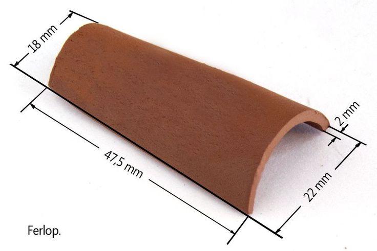 COMO FABRICAR TEJAS ÁRABES A ESCALA 1:12 Para hacer las tejas podemos utilizar tanto barro que es lo más barato y fácil de trabajar, co...