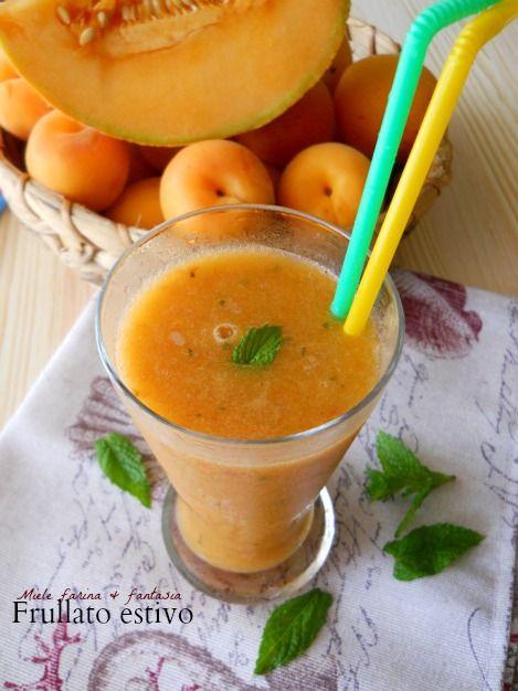 Frullato di melone albicocche e menta fresca
