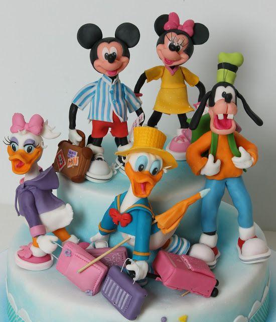 Torturi pentru copii cu Mickey si prietenii lui.