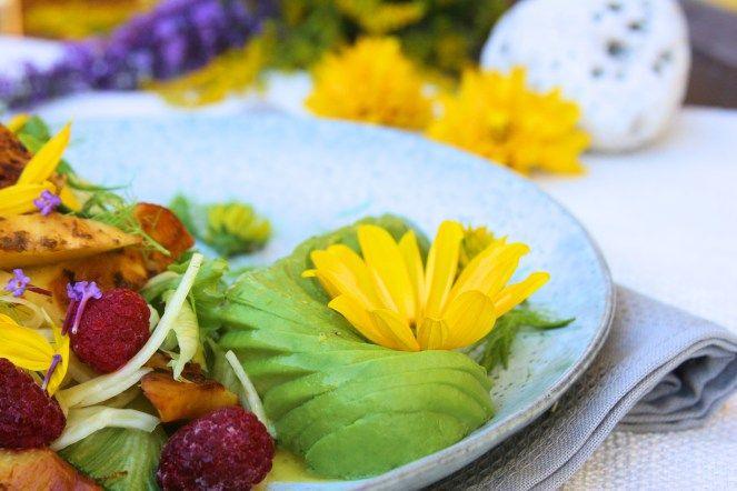 Fenyklový salát s grilovaným ananasem / Fennel salad with grilled pineapple