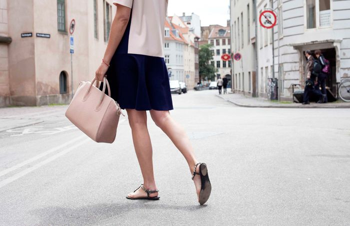 stylejunkie | leowulff bag, serpent, dusty pink