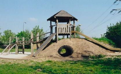 Robinia speeltoestellen ideaal voor op vakantieparken, restaurants en scholen.