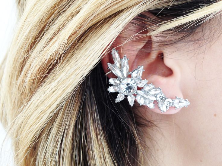 """Wyn"" Glass stone ear cuff - White Crown SocietyWhite Crown Society"