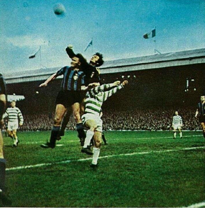 Lido Vieri (Inter) contro il Celtic.