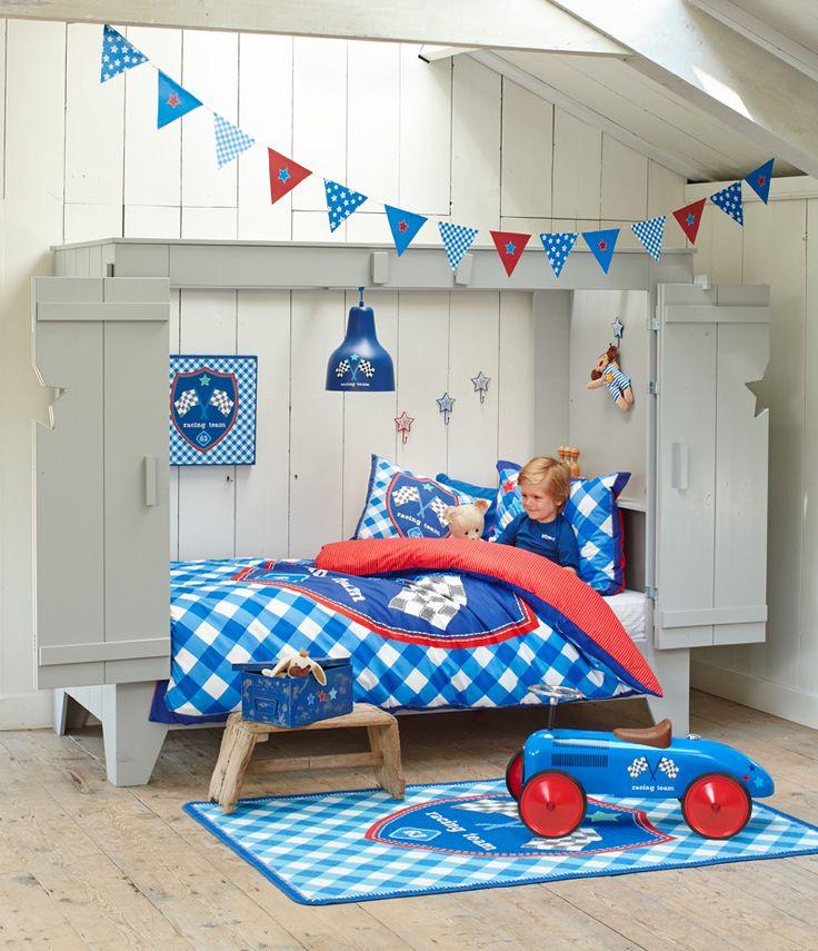 Bedstee Tom van lief!: geweldig bed om in te spelen en te slapen. In deze afbeelding gecombineerd met onze lief! woonaccessoires van serie Joep #kinderkamer #kidsroom