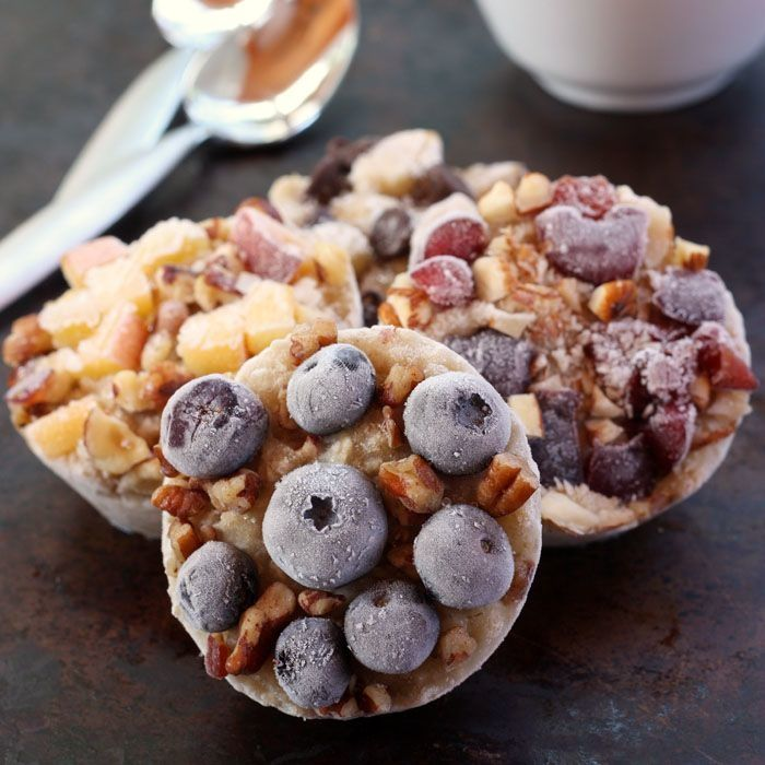 9. DIY Freezer Oatmeal Cups #freezermeals #frozenfood http://greatist.com/eat/healthy-freezer-meals