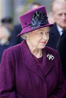 HRH Queen Elizabeth II arrives in the centre of Milton Keynes to visit 'thehub:mk' a newly built mixed-use development with a central Piazza, on November 29, 2007 in Milton Keynes, England. She is wearing a hat by Philip Somerville.