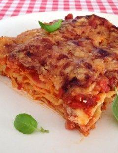 Lasagne met gehaktballetjes   Lasagne alla Napoletana di Carnevalesca   Het lekkerste recept vind je op AllesOverItaliaansEten