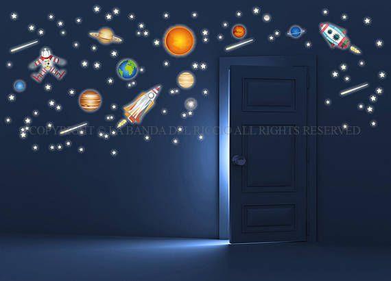 Missione Spaziale sistema solare razzi astronauta fluo
