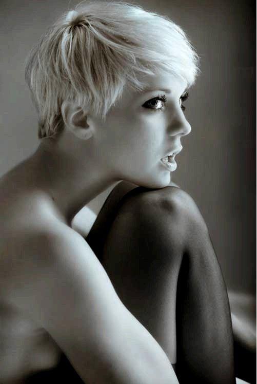 20 Kurz Pixie Haircuts für 2012-2013 Short Pixie Haircuts; Asymmetrische ... ()
