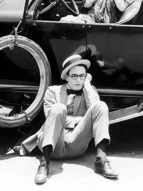 Classic Harold Lloyd expression