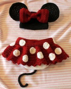 Crochet For Children: Minnie Little Mouse hat, shoes and skirt set - Fre...