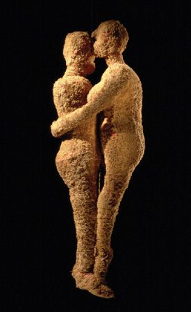 Louise Bourgeois - Couple, 2001, fabric, 20 x 6 1/2 x 3 inches. Collection of Jerry Gorovoy, New York, courtesy Cheim & Read, New York