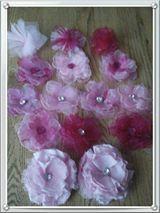 zelf maken: Bloemen, van organza, tule en satijn/zijde. DIY:  Flowers made from organza, tule and satin/silk