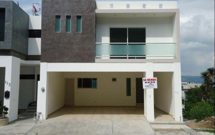 75 best images about fachadas de casas en pinterest for Renta de casas en monterrey