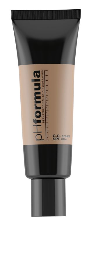 The multifunctional complexion correcting C.C. cream, instantly minimizes the look of imperfections while the sun filters block ageing-accelerating UVA-UVB rays. Ideal for use after dermatological procedures including light to medium chemical peels, laser resurfacing, and IPL #pHformula #CC #cream #makeup #spf #sunproteccion #cccream #skin