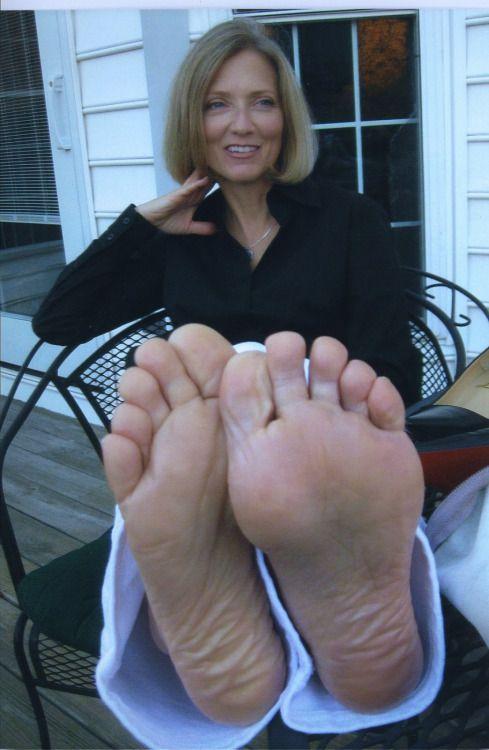 Mature women foot worship