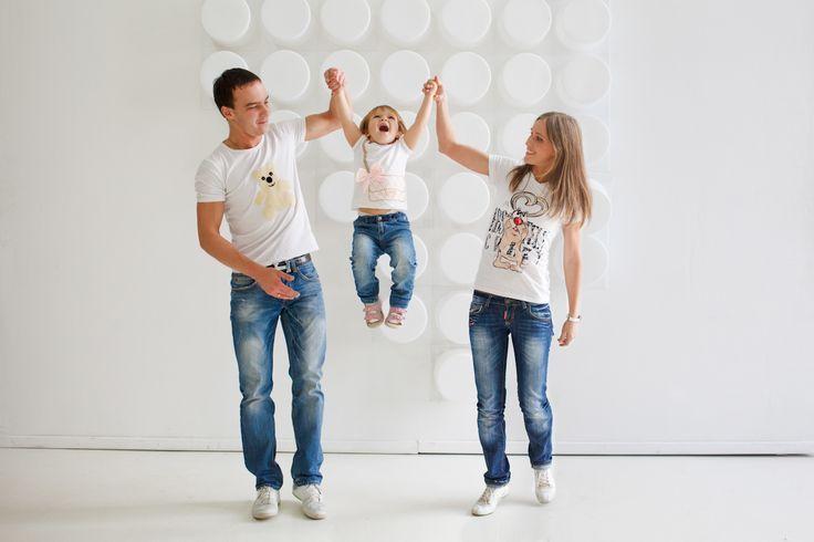 Картинки по запросу семейная фотосессия с маленькими детьми