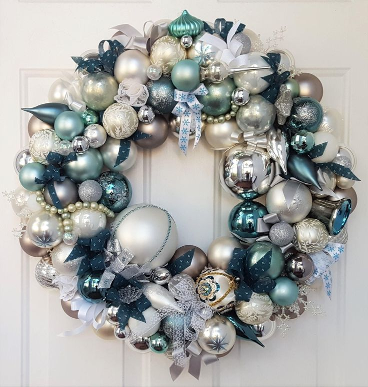 "24"" Glass Christmas Ornament Wreath Teal Blue Hues, Silver, White Elegant Vintage Ornaments; Vintage Wreath; Glass Ornaments by GenerationsEstate on Etsy"