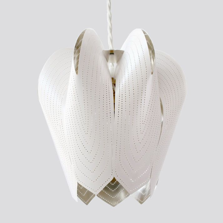 Blossom lampshade - White from be&liv