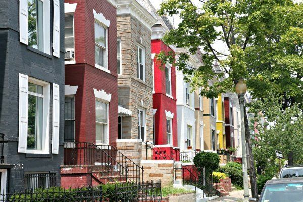 Dc Rowhouses 600 Jpg 600 400 Pixels Rainbow House Real Estate Architecture