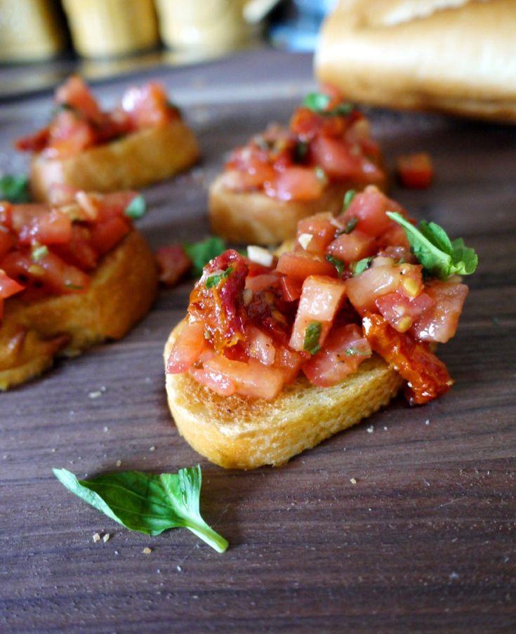 Double Tomato Bruschetta via healthyrecipesecstasy.com #tomatoes #bruschetta #appetizer