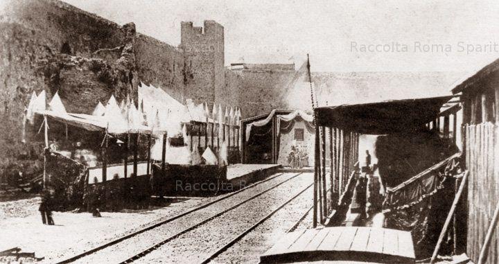 La piu' antica stazione ferroviaria di Roma,fuori Porta Maggiore,in occasione dell'inaugurazione della linea Roma Frascati Anno: 1856