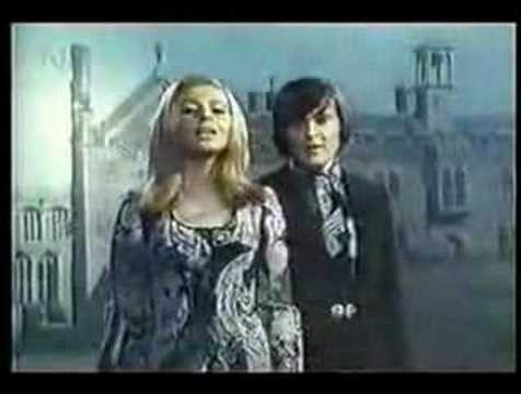"Der Hund von Baskerville--by Cindy und Bert. The tune is Black Sabbath's ""Paranoid""; however, the German lyrics are about The Hound of Baskerville.  Black Sabbath + The Dude at 0:18 Dancing + The German Language + a Pekingese=AWESOME!"