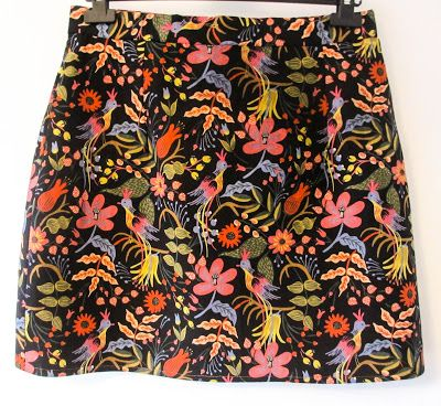 Les Fleurs Folk Birds fabric by Rifle Paper Co Cotton+Steel - mini skirt made by Crafty Clyde from Simple Sew patterns Duo of Skirts #DIY #DIYkirt #sewing #skirtpattern #winterflorals #embroideredskirt