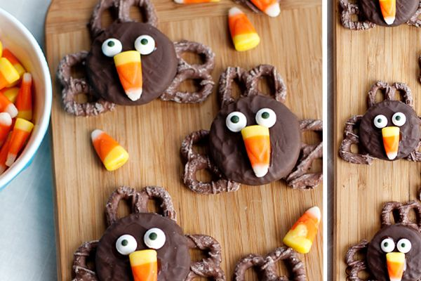 The kids will have a blast making these easy, fun and adorable turkey-shaped Thanksgiving treats!   Thanksgiving Oreo Turkeys 1/3 cup semi-sweet chocolate chips - $0.53 1/2 Tbsp vegetable oil - $0.03 12 fudge-covered Oreo cookies – $1.00 36 chocolate-covered pretzels - $1.25 24 candy eyeballs - $1.25 12 pieces candy corn - $0.18   Directions: 1. Melt chocolate chips...