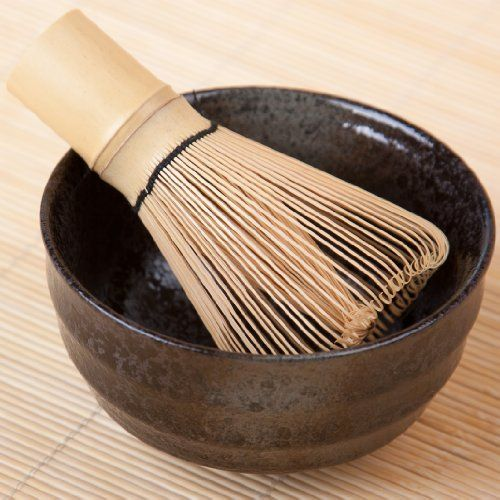 Matcha-Set S - Originale giapponese Tazza per tè Matcha e frullino di bambù con 80 setole di Goodwei, http://www.amazon.it/dp/B00BSAEEQ2/ref=cm_sw_r_pi_dp_gr2nsb1JF5HFQ