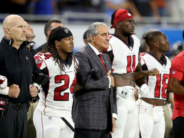 NFL owners stand with players in Trump kneeling rebuke  Across the country and in the U.K., NFL owners backed their players.  ------------------------------ #news #buzzvero #events #lastminute #reuters #cnn #abcnews #bbc #foxnews #localnews #nationalnews #worldnews #новости #newspaper #noticias