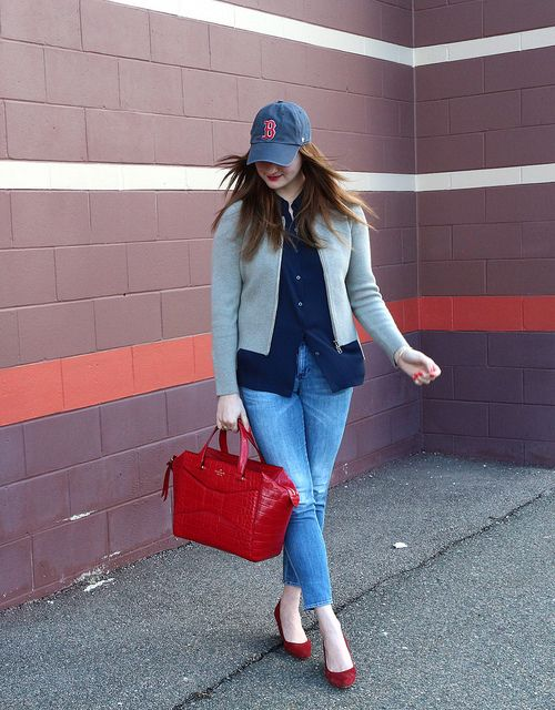 Adorable weekend style or for an early spring or late fall baseball game.  Dressed Up Alligators: Sporty Spice