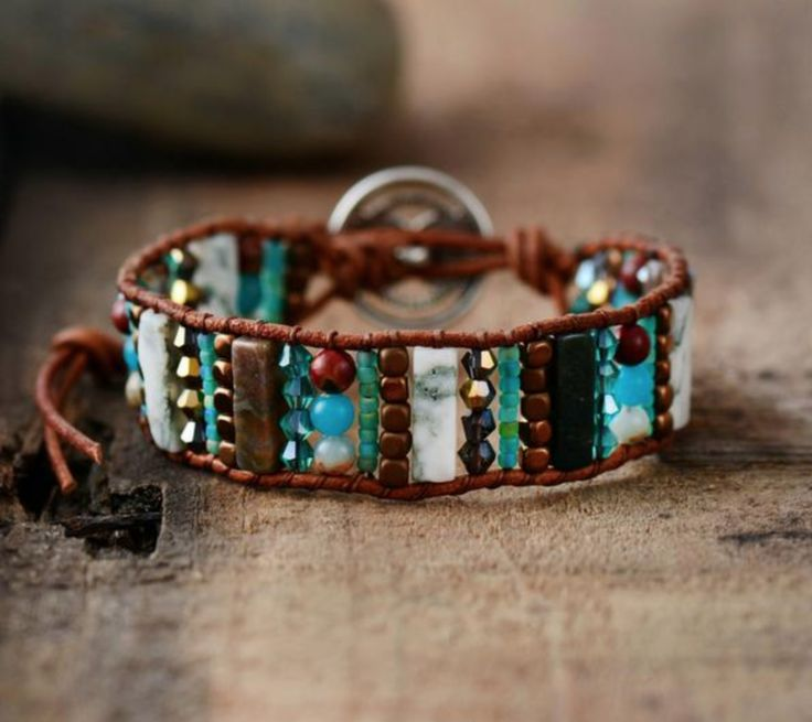 Leather Beaded Howlite Wrap Bracelet Round Green