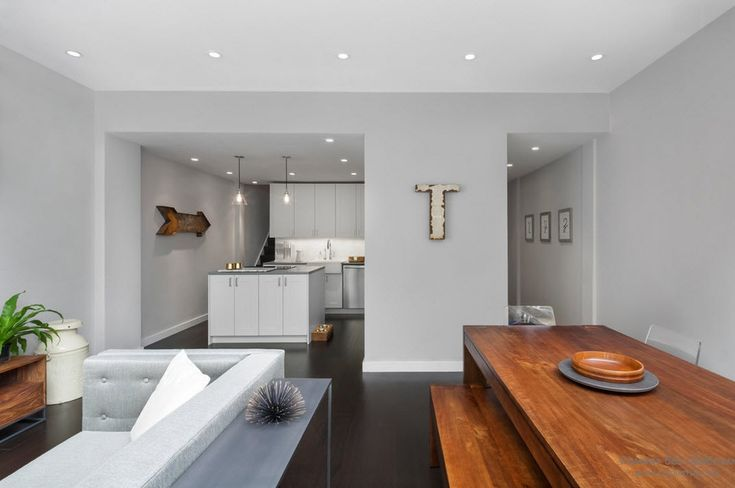 Интерьер серой гостиной комнаты: элегантный и практичный дизайн с фото