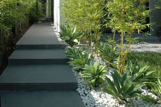 Bluestone Pavers, path & loose pebbles for a modern garden