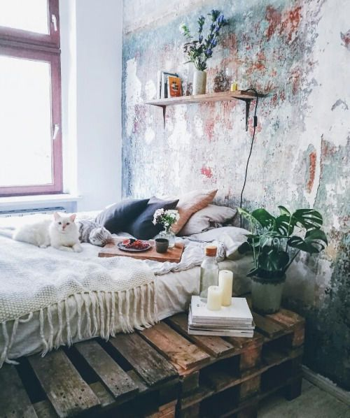 Boho Bedroom Rustic Wood (link To 20 Bedroom Images)