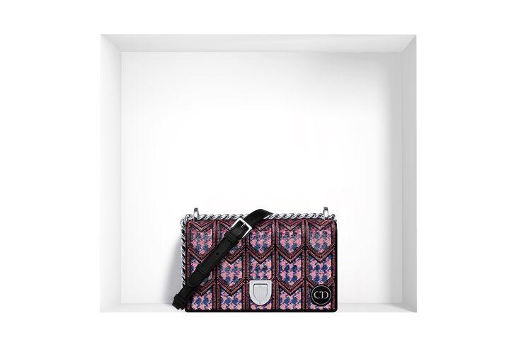 Diorama bags protagoniste delle borse Dior 2016 Dior borsa piccola Diorama distintivi ricamati