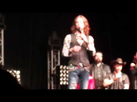 MANKATO, MN (Grandma got ran over by a Reindeer) - Home Free FOC Concert @ the Verizon Center - YouTube
